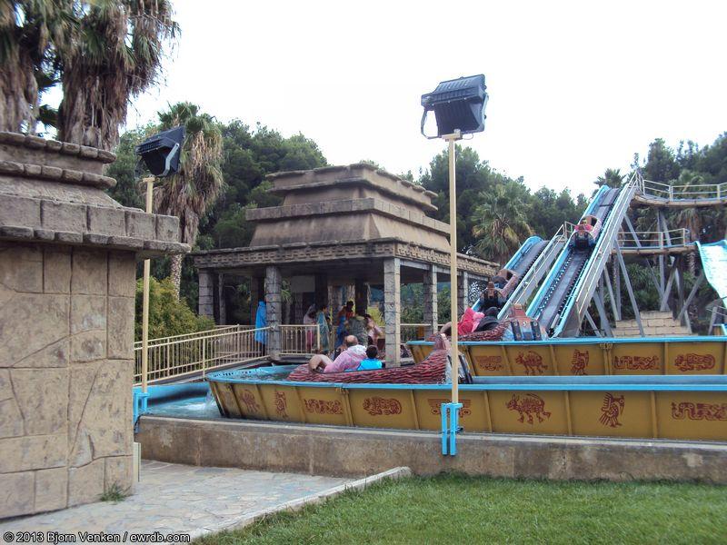Gran tikal parque de atracciones de zaragoza spain - Parque atracciones zaragoza ...